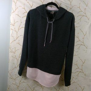 CALIA SIZE MEDIUM GREY HOODIE WITH PINK HEM